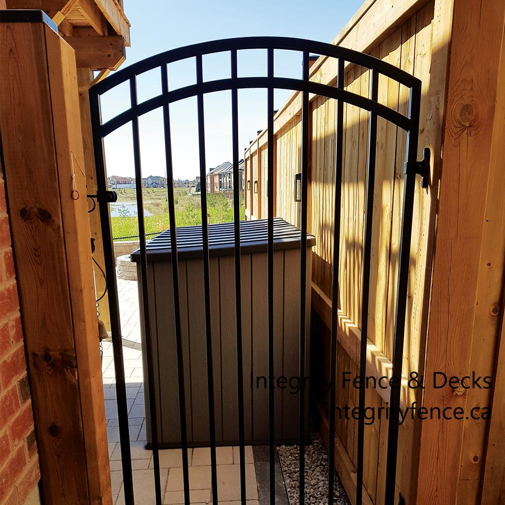 Basic Metal Gate